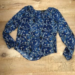 Elizabeth and James 💯 % silk top. Size: S